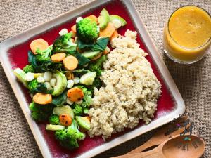 Quinoa with Veggies – Fried Rice Style